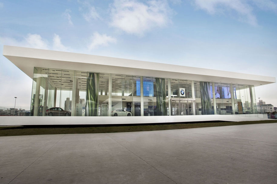 BMW Brand Experience Centre Shanghai, GKD Mediamesh, BMW China Architectural Design Team
