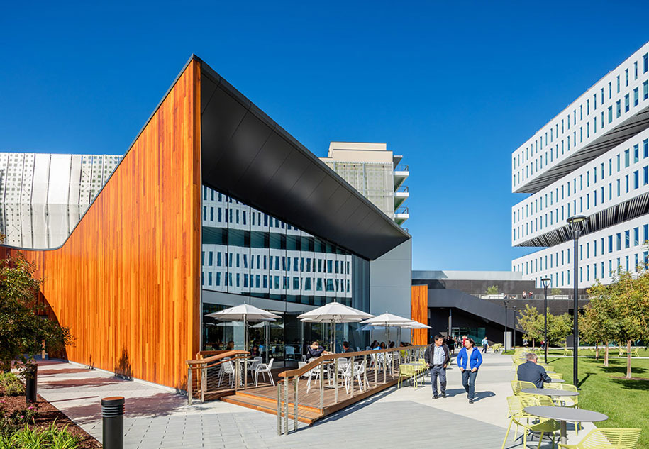 NBBJ Design, Samsung California Headquarters, GKD Mediamesh